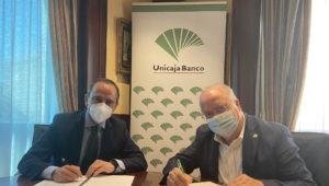 Unicaja-Banco-Agrupación-de-Cofradías-de-Gloria-de-Málaga-300x202.jpg
